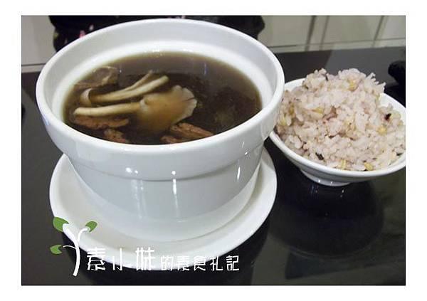 巴戟杜仲燉素排骨 糖潮素食館  台中素食蔬食餐廳食記.jpg