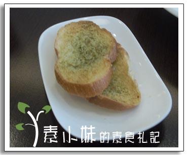 麵包 見晴蔬食 台中素食蔬食食記.jpg
