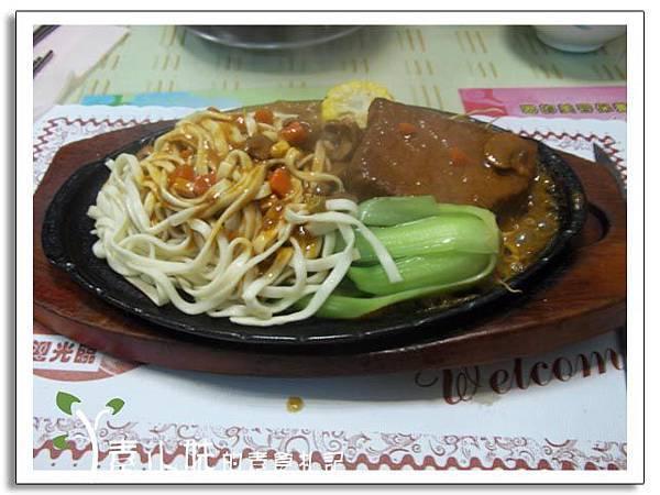 素食黑胡椒鐵板牛排 明禾素食 台中素食蔬食食記.jpg