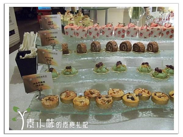 甜點區1  上海歐法素食百匯 高雄素食蔬食食記 (2).jpg