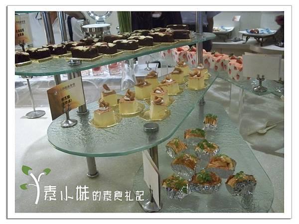 甜點區2  上海歐法素食百匯 高雄素食蔬食食記 (2).jpg