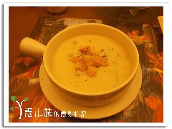 法式鮮奶玉米巧達起酥堡濃湯 核果美食工房  台中素食蔬食食記.jpg