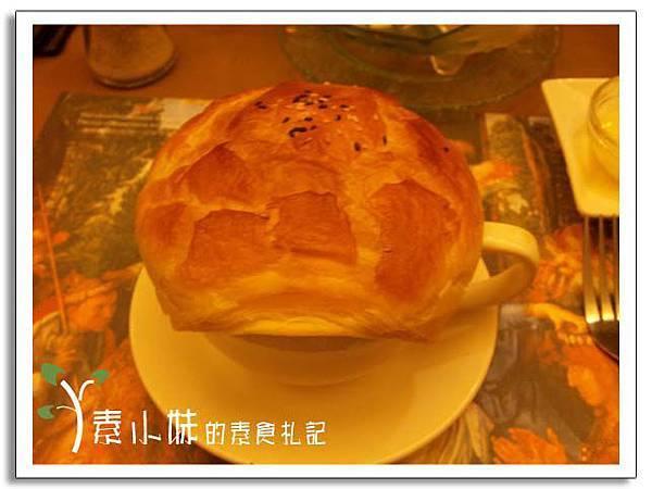 法式鮮奶玉米巧達起酥堡濃湯2 核果美食工房  台中素食蔬食食記.jpg