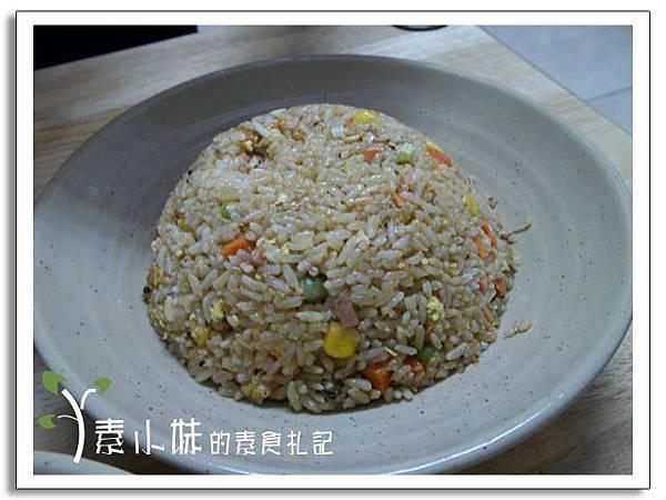 東炎炒飯大自然素食坊(馬來西亞料理)      台中素食蔬食食記.jpg