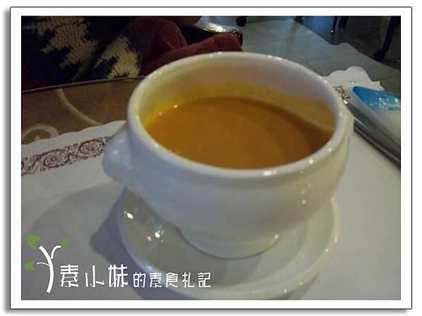 南瓜湯 新卡莎素食西餐廳   台北素食蔬食食記.jpg
