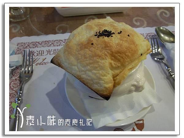 酥皮玉米濃湯 新卡莎素食西餐廳   台北素食蔬食食記.jpg