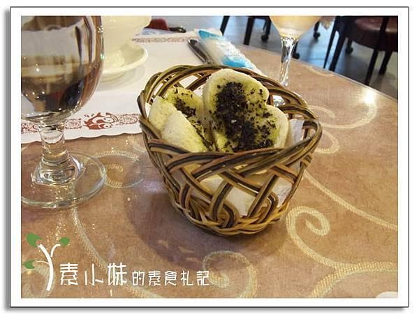 麵包 新卡莎素食西餐廳   台北素食蔬食食記.jpg