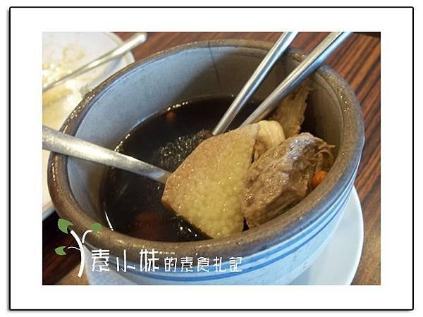 何首烏湯1 龍華御香園 台中素食蔬食食記.jpg