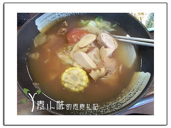 泰式拉麵 龍華御香園 台中素食蔬食食記.jpg