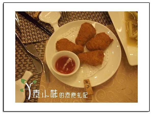 炸素雞塊 祇樹給麗緻素食百匯餐廳 台中素食蔬食食記拷貝.jpg