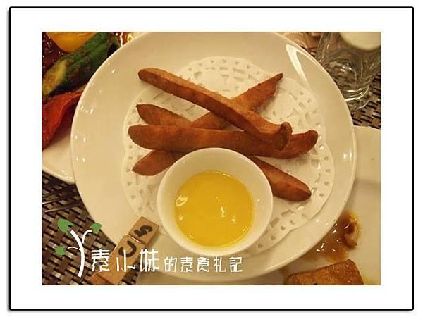 炸馬蹄條 祇樹給麗緻素食百匯餐廳 台中素食蔬食食記拷貝.jpg