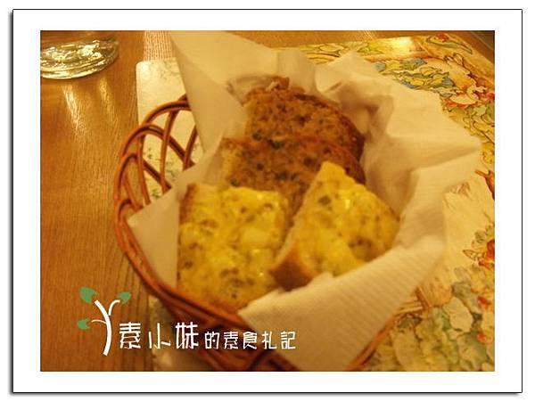 麵包 聖誕大餐 蘇菲的花園Sophie's Garden 台北素食蔬食食記.jpg