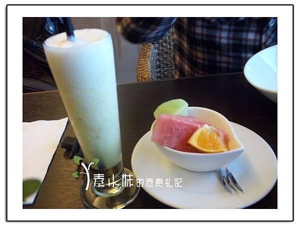 果汁 水果 陽明春天 台北素食蔬食食記.jpg