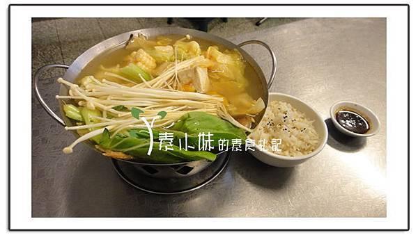 麻辣臭臭鍋 六度素食園 台中素食蔬食食記.jpg