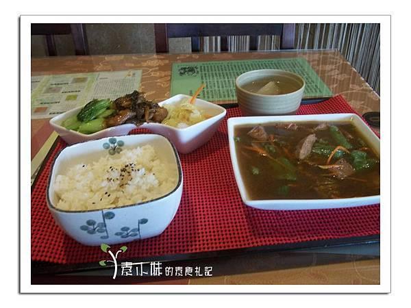 素牛肉套餐  星饌素食 台中大雅素食蔬食食記