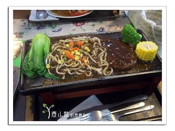 鐵排牛排套餐 景饌蔬食響宴 (景饌人文素食館 )  台中素食蔬食食記