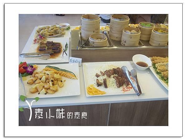 菜4大紅花時尚蔬食百匯  台中素食蔬食食記 拷貝