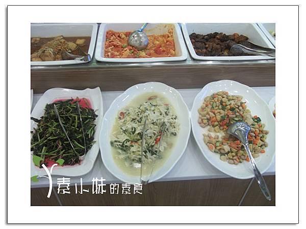 菜8 大紅花時尚蔬食百匯  台中素食蔬食食記 拷貝