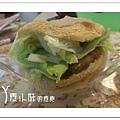 日式黃金酥排漢堡 綠園有機健康素食 新北市淡水區台北素食蔬食食記 拷貝
