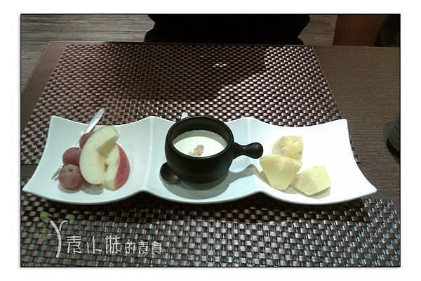 水果甜點 淨慈湧創意蔬食料理 台北市大安區素食蔬食食記 拷貝