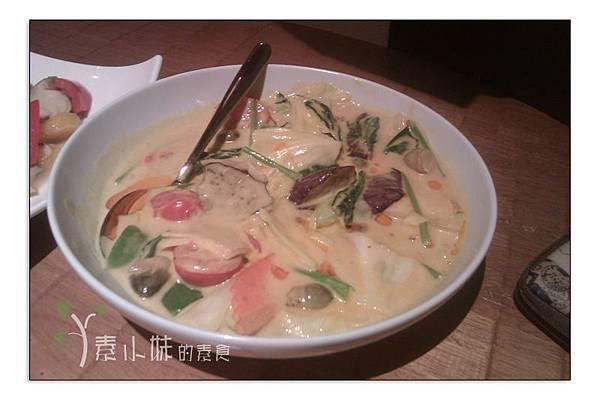 咖哩什錦蔬菜 泰一泰雲城泰式料理 台中素食蔬食食記  拷貝