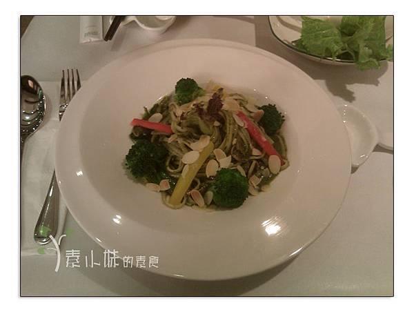 羅勒青醬手工麵 雅玥園 台中素食蔬食食記 拷貝