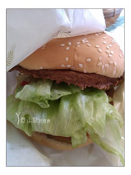 素食漢堡法米蘭漢堡 台中素食蔬食食記 拷貝