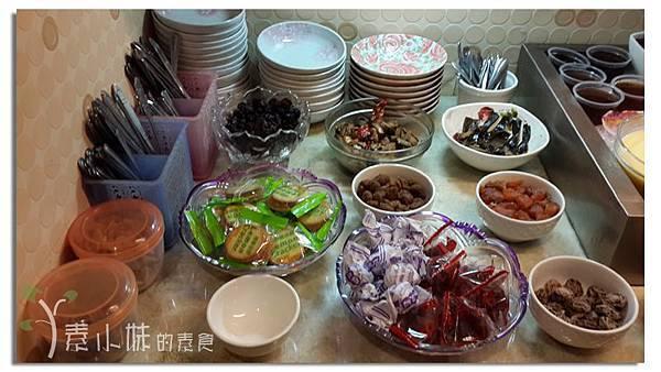沙拉吧 驚燕十分素食麻辣燙 高雄市三民區素食蔬食食記 (1).jpg
