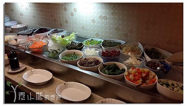 沙拉吧 驚燕十分素食麻辣燙 高雄市三民區素食蔬食食記.jpg