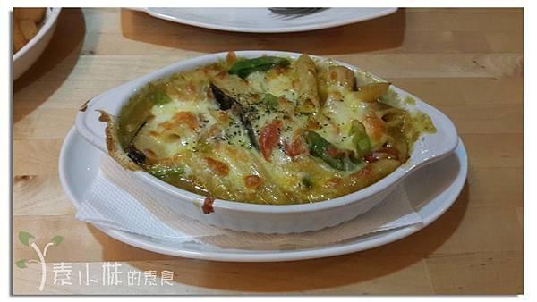 咖哩焗烤義大利麵 懷特廚房White Kitchen 台中素食蔬食食記.jpg