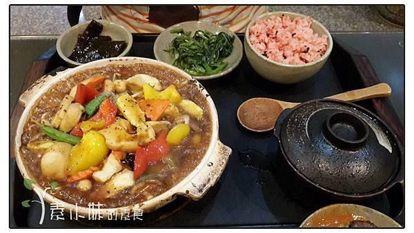 陶板什錦 德慧素食生活館 台中市清水區素食蔬食.jpg