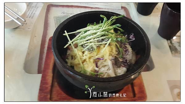 泡菜石鍋拌飯 巴甜養生蔬食咖啡簡餐 嘉義市東區素食蔬食食記.jpg