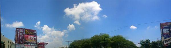 照片天空.JPG