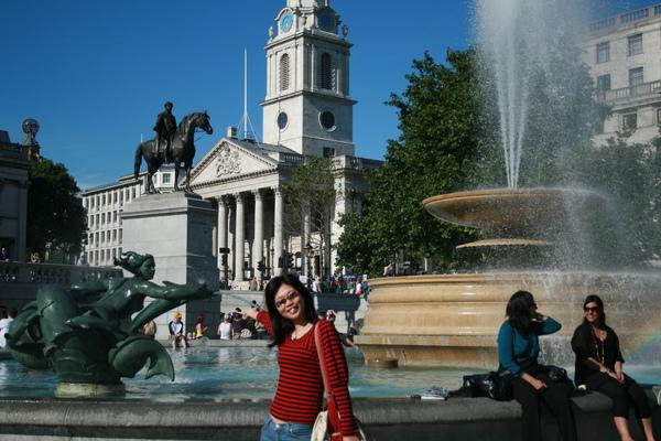 從Trafalgar square 看聖馬丁教堂