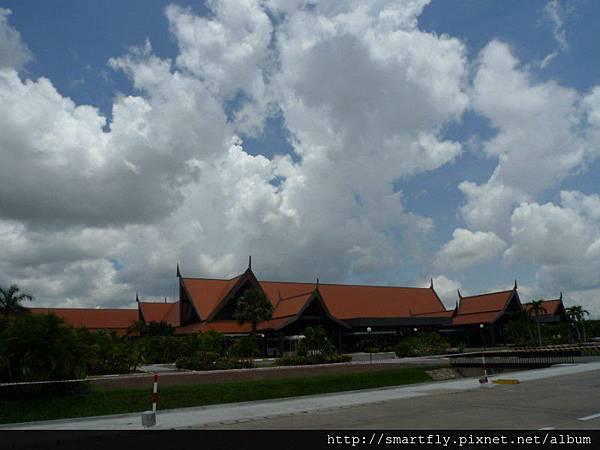柬埔寨到囉~