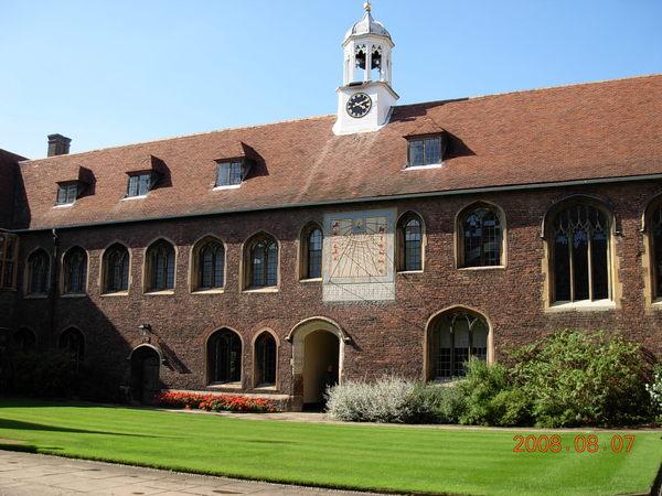 皇后學院 (1).JPG
