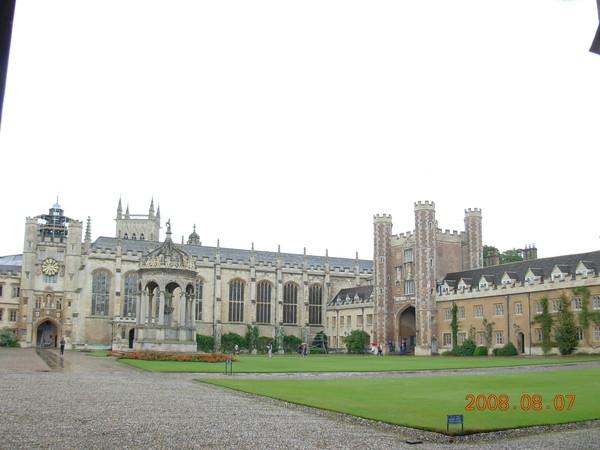 聖約翰學院 (2).JPG