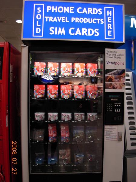 希斯落機場-SIM卡販賣機.JPG