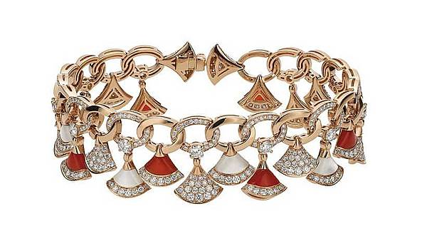 Bulgari-Divas'-Dream-Jewelry-Collection-red-brazalet