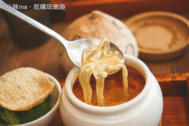 老椰兄-新泰式料理