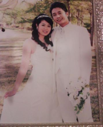 這是堂哥和他老婆的婚紗照噢.jpg