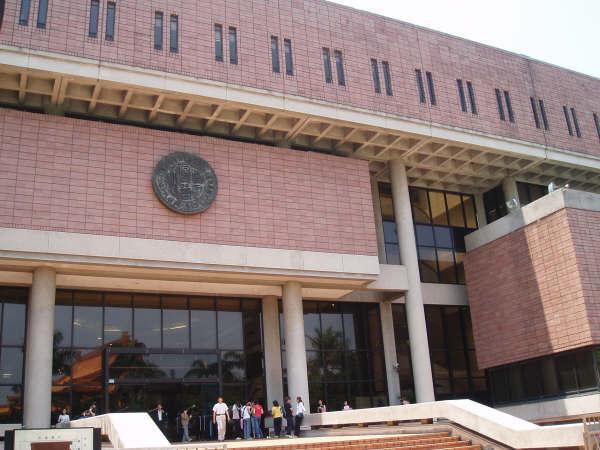● 2005.5.1國家圖書館+中正紀念堂+淡水遊