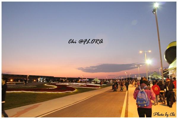 991127-花博狗與未來館3.jpg