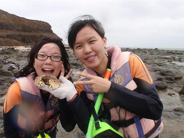 瑪莉吃螃蟹