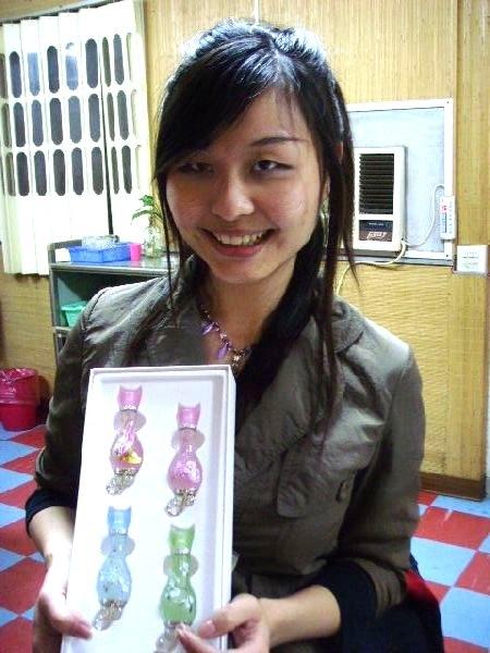 送愛貓的moon紫貓物語的香水禮盒