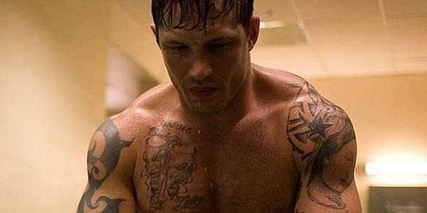 tom-hardy-shirtless-warrior-01.jpeg
