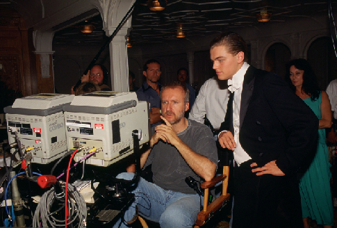 Cameron-on-set-of-Titanic