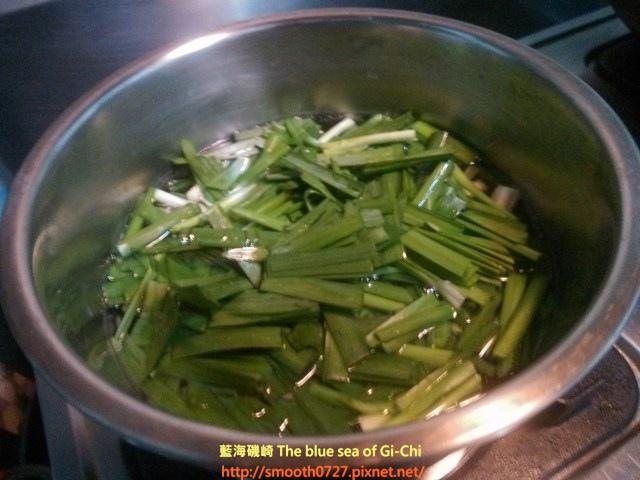柴魚片拌韭菜