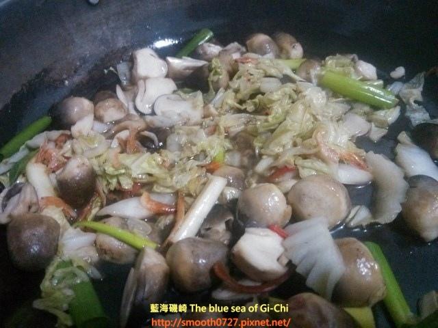 草菇悶白菜