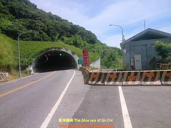 花蓮豐濱-親不知子天空步道與光雕隧道